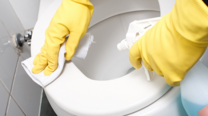 Cleaning Toilets The Proper Way