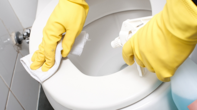 This Video From Glen Martin Limited Shows How To Clean A Toilet Properly.